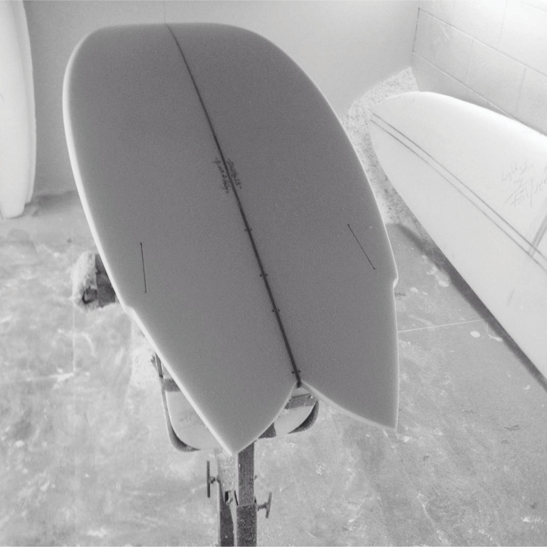 Mackie Surfboards Classic Twin Fin